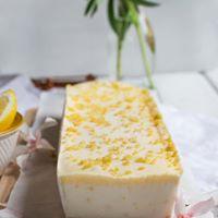 עוגת גבינה וקרם לימון