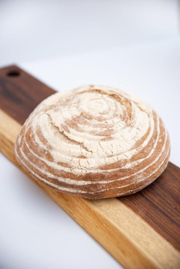 לחם מחמצת שיפון מלא