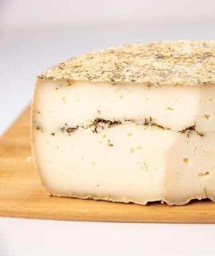 גבינת ענבר טימין